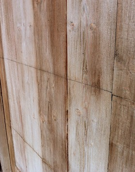 Wall with wooden finish